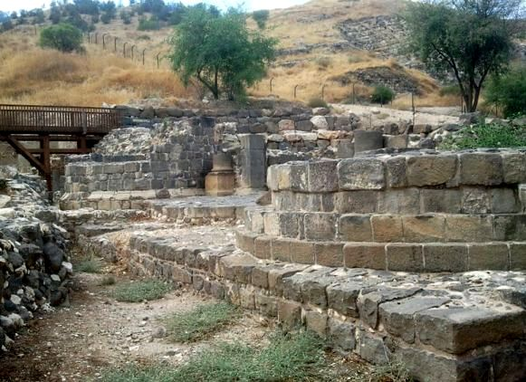 The Roman gates of the city of Tiberias - photograph by Hanay
