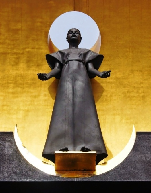 An other-worldly statue of Mary by Robert Graham  at the Cathedral of Our Lady of the Angels, Los Angeles